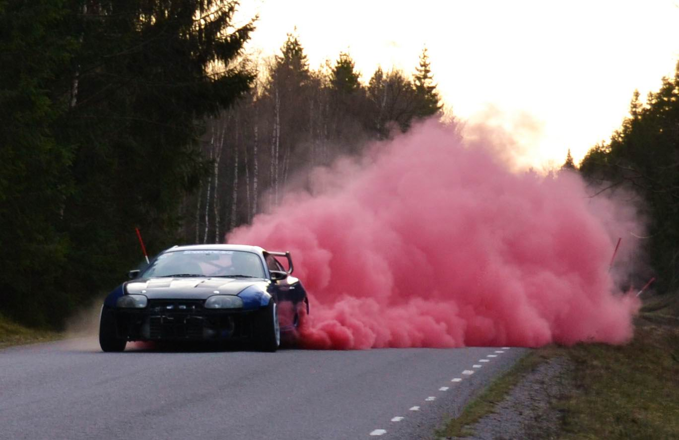red smoke, drift
